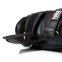 Black-Diamond-Thai-Pads-1