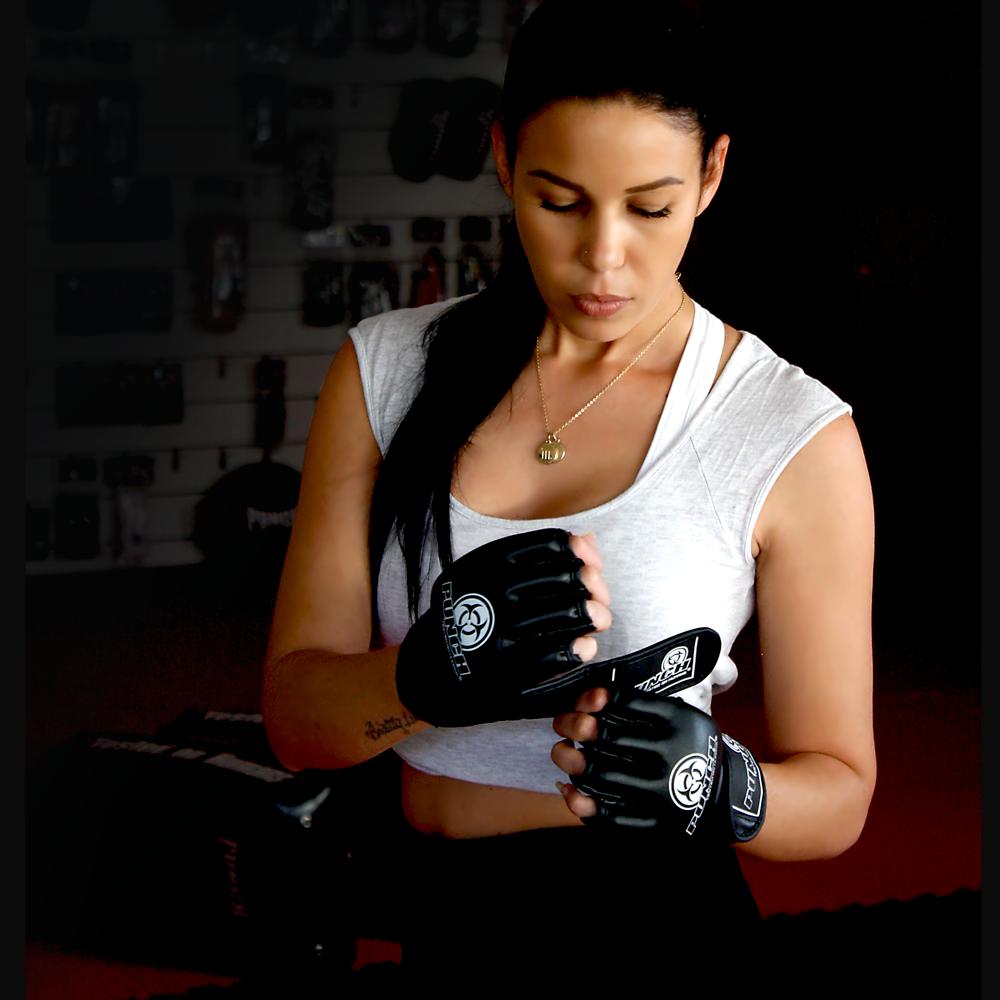 Bag Mitts Gloves Boxing MMA Muay Thai Training All Black