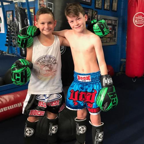 kids-muay-thai-gloves