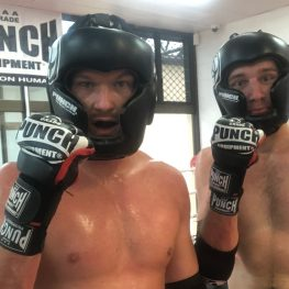 Curved MMA Gloves – Lifestyle