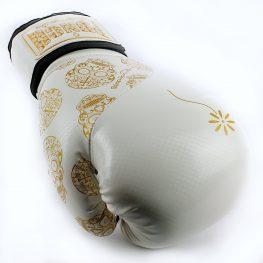 lifestyle-skull-women-gloves-white-gold-4