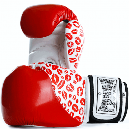 punch-womens-red-boxing-glove1