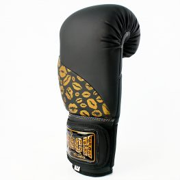 matte-black-gold-lips-bling-boxing-gloves-2