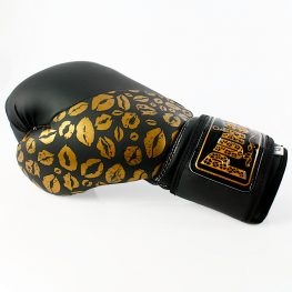 matte-black-gold-lips-bling-boxing-gloves-3
