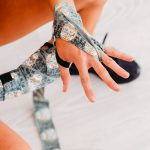 Womens Hand Wraps Skull1